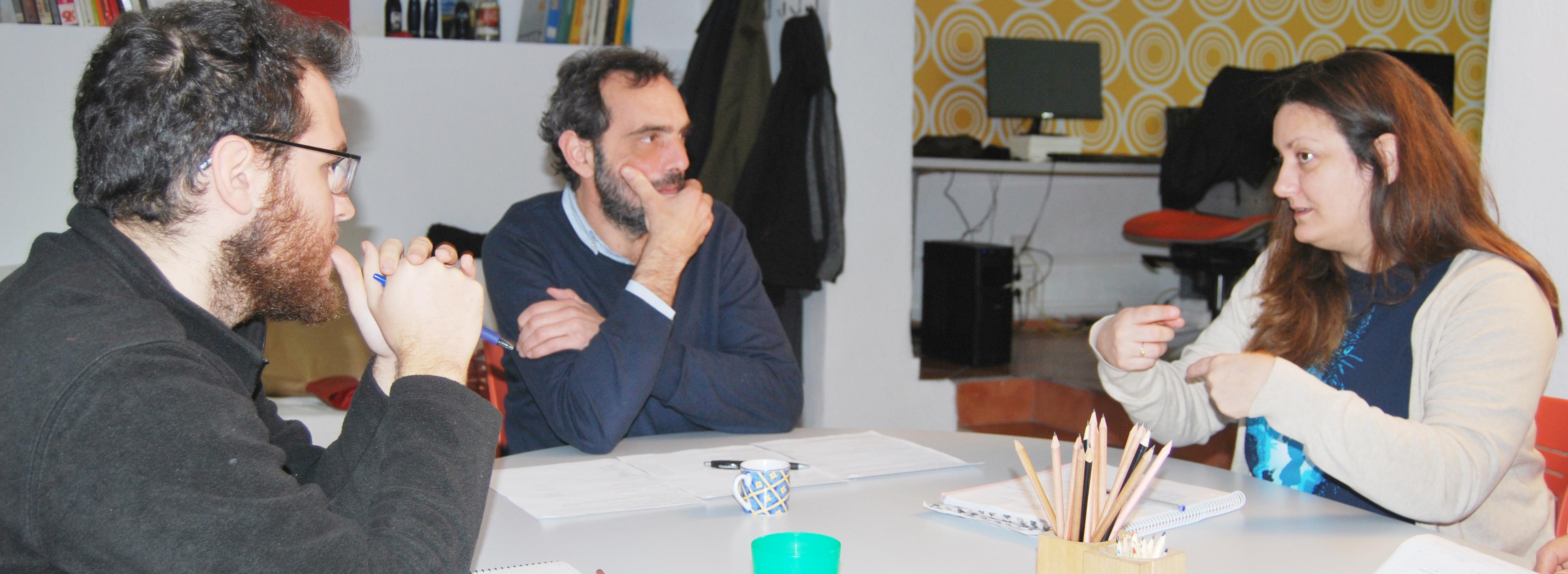 Fede Ruiz junto al equipo creativo de C3PO USALAFUERZA